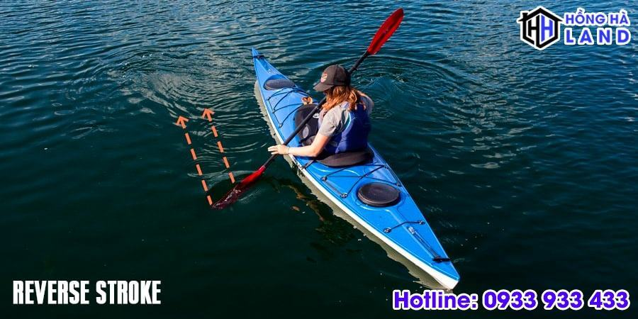 Ky-thuat-cheo-thuyen-kayak-cheo-lui